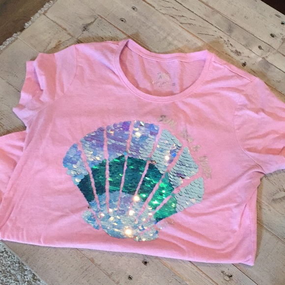 Justice Other - Sequined seashell t-shirt girls 18/20